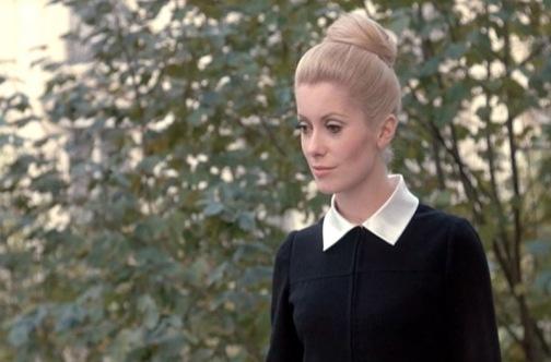 catherine-deneuve_belle-de-jour_black-dress-outside-fantasy-bmp