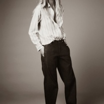 constance-jablonski-by-nick-dorey-for-twin-magazine-9-fall-winter-2013-2014-6