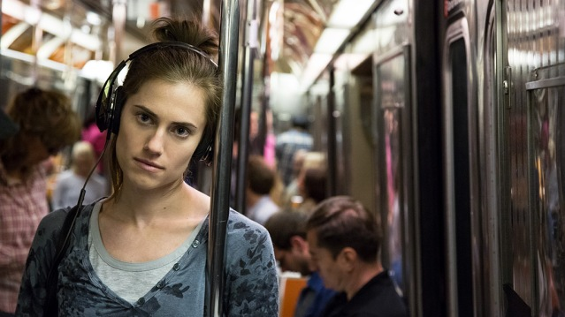 allison-williams-in-a-scene-playing-marnie-in-hbos-girls-season-5-episode-6